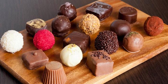 День Святого Валентина - конфеты ручной работы в подарок любимой девушке