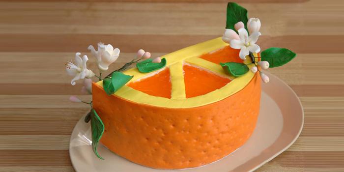 торт украшенный сахарной мастикой в подарок вашей детке