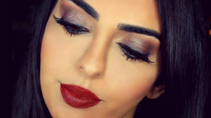 макияж под красное платье для брюнеток на фото 5