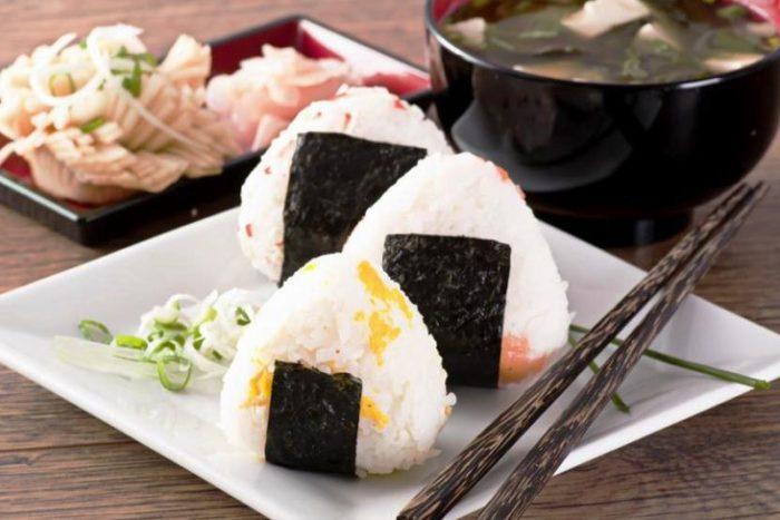рецепт приготовления Онигири в домашних условиях