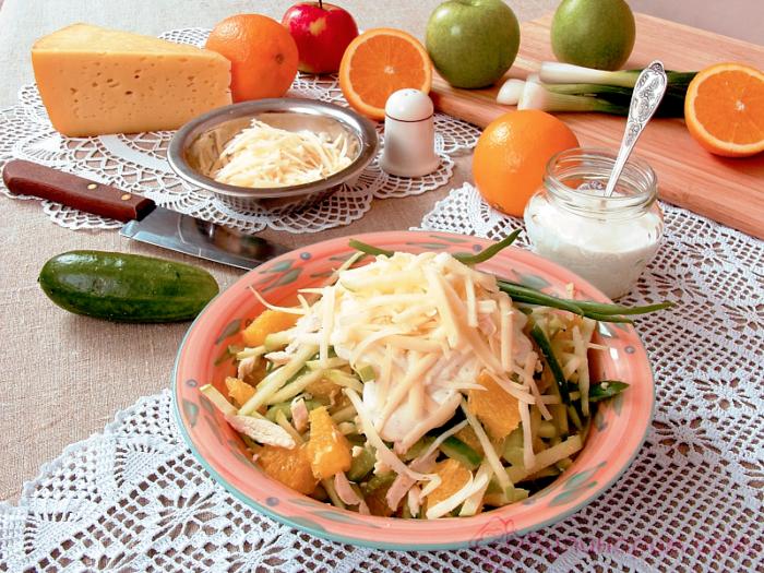 салат с апельсинами и курицей слоями, фото пошагово