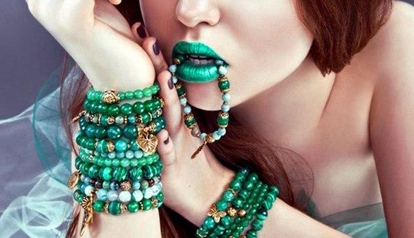модные браслеты 2018 с натуральными и драгоценными камнями фото 3
