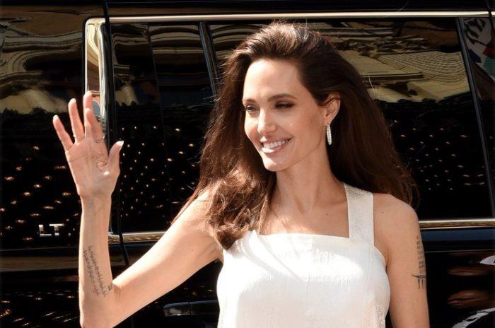 почему похудела Анджелина Джоли 2018 фото 1